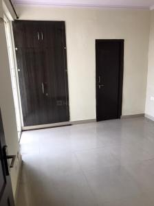 Gallery Cover Image of 1290 Sq.ft 2 BHK Apartment for rent in Mahagun Moderne, Sector 78 for 19000