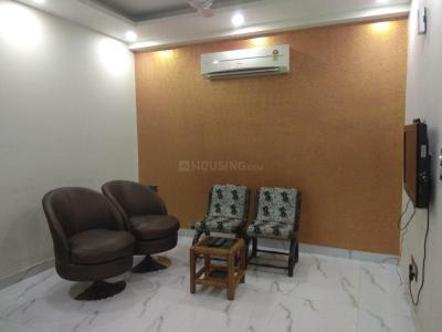 Gallery Cover Image of 1300 Sq.ft 3 BHK Apartment for rent in Vasant Kunj for 42000