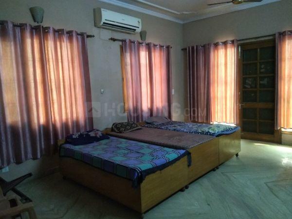 Bedroom Image of Sunrise Boys PG in Sector 51