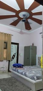 Gallery Cover Image of 1530 Sq.ft 4 BHK Independent House for buy in Patel Nagar for 17500000
