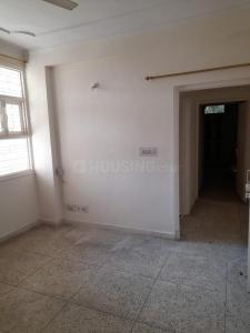 Gallery Cover Image of 1350 Sq.ft 2 BHK Apartment for rent in Purvanchal PMO Apartments, Sector 62 for 14000