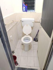 Bathroom Image of PG For Girls in Andheri West