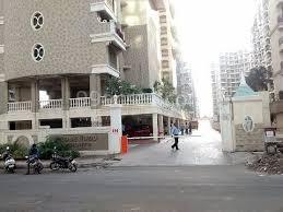 Gallery Cover Image of 1500 Sq.ft 3 BHK Apartment for buy in Tharwani Rosewood, Kharghar for 17300000