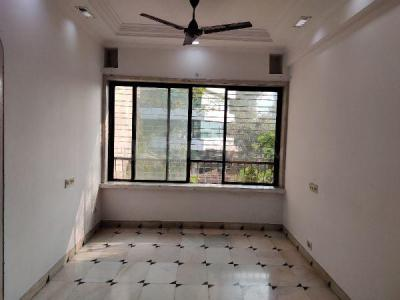 Gallery Cover Image of 560 Sq.ft 1 BHK Apartment for rent in Andheri West for 34000