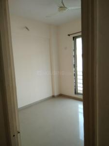 Gallery Cover Image of 910 Sq.ft 2 BHK Apartment for rent in Royale Meadows, Shilottar Raichur for 8000