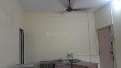 Gallery Cover Image of 450 Sq.ft 1 BHK Apartment for rent in Malad East for 26500