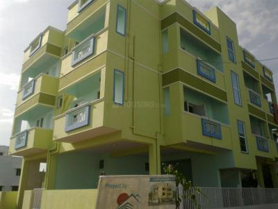 Gallery Cover Image of 1100 Sq.ft 2 BHK Apartment for rent in Mudichur for 7500