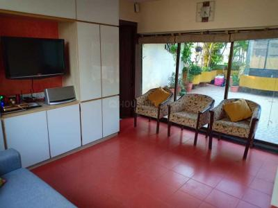 Gallery Cover Image of 2300 Sq.ft 3 BHK Independent Floor for rent in Santacruz West for 290000
