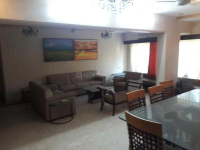 Gallery Cover Image of 1000 Sq.ft 2 BHK Apartment for rent in Juhu for 65000