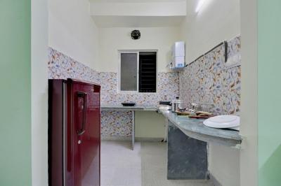 Kitchen Image of Oyo Life Kol1168 Mukundapur in Mukundapur