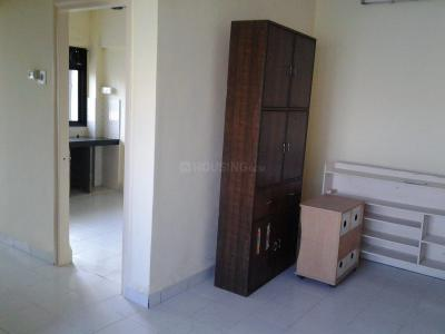 Gallery Cover Image of 507 Sq.ft 1 BHK Apartment for rent in Kandivali East for 18900