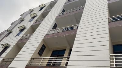 Gallery Cover Image of 800 Sq.ft 2 BHK Independent Floor for buy in Sector 105 for 2400000
