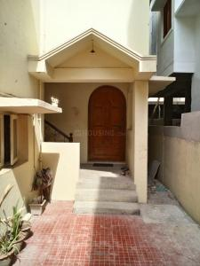 Gallery Cover Image of 1250 Sq.ft 2 BHK Independent Floor for rent in Semmancheri for 23500