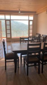 Gallery Cover Image of 750 Sq.ft 1 BHK Apartment for buy in Kasauli for 3600000