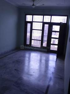 Gallery Cover Image of 1200 Sq.ft 2 BHK Independent Floor for rent in Sector 78 for 20000