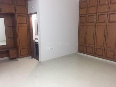 Gallery Cover Image of 1800 Sq.ft 3 BHK Apartment for rent in Mathikere for 35000