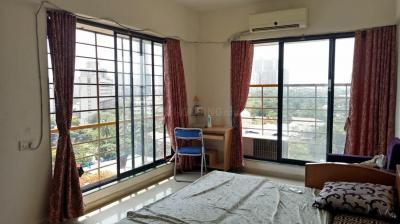 Gallery Cover Image of 805 Sq.ft 2 BHK Apartment for rent in Parel for 70000