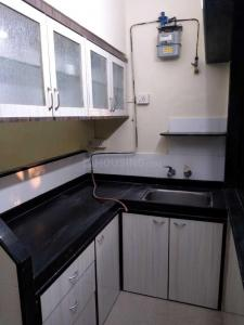 Gallery Cover Image of 450 Sq.ft 1 BHK Apartment for rent in Malad West for 24000