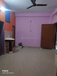 Gallery Cover Image of 600 Sq.ft 2 BHK Independent Floor for buy in Picnic Garden for 1500000
