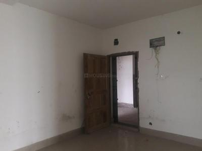Gallery Cover Image of 881 Sq.ft 2 BHK Apartment for rent in North Dum Dum for 8000