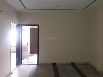 Gallery Cover Image of 900 Sq.ft 2 BHK Apartment for buy in Model Town for 8000000