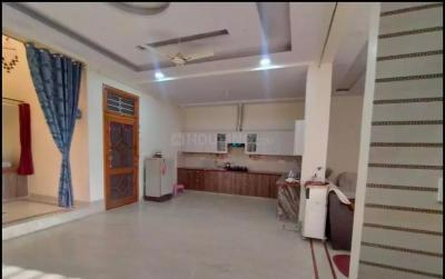 Gallery Cover Image of 2025 Sq.ft 3 BHK Independent Floor for rent in Shastri Nagar for 18000