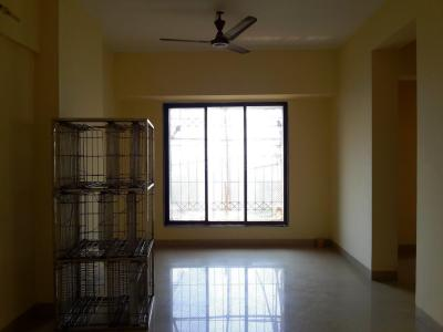 Gallery Cover Image of 850 Sq.ft 2 BHK Apartment for buy in Mulund East for 14000000