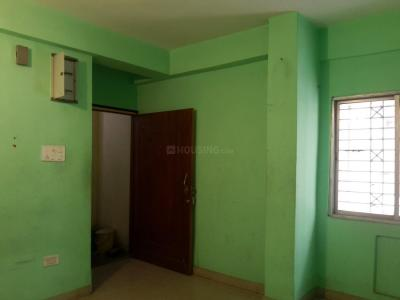 Gallery Cover Image of 1210 Sq.ft 3 BHK Apartment for rent in Dum Dum for 12000