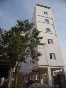 Gallery Cover Image of 1100 Sq.ft 2 BHK Apartment for buy in Mansoorabad for 4250000