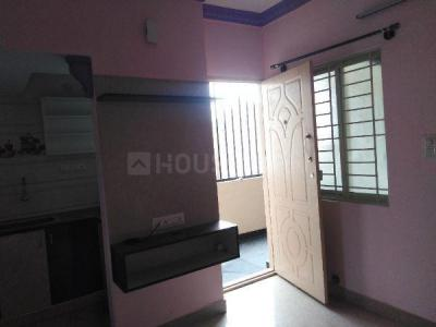 Gallery Cover Image of 500 Sq.ft 1 BHK Independent House for rent in S.G. Palya for 9100