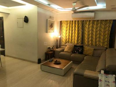 Gallery Cover Image of 850 Sq.ft 2 BHK Apartment for buy in Malad West for 21500000