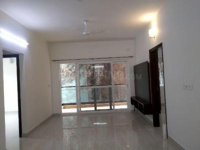 Gallery Cover Image of 2400 Sq.ft 3 BHK Apartment for rent in Cambridge Apartments, Jogupalya for 65000