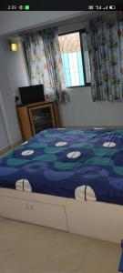 Gallery Cover Image of 430 Sq.ft 1 BHK Apartment for rent in Vijay Nagar, Andheri East for 18000