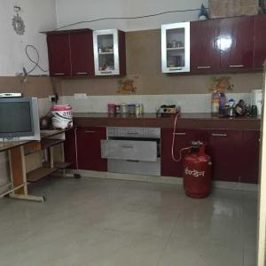 Kitchen Image of Saini PG in Mahipalpur