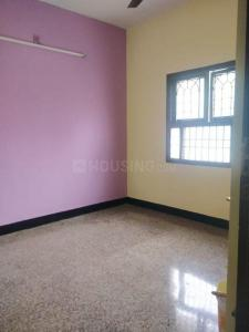 Gallery Cover Image of 900 Sq.ft 2 BHK Apartment for rent in JS Tower , Meenambakkam for 12000