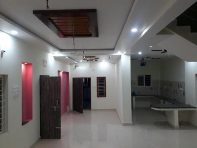 Gallery Cover Image of 3000 Sq.ft 3 BHK Independent House for buy in Yapral for 12500000