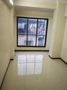 Gallery Cover Image of 640 Sq.ft 1 BHK Apartment for rent in Bandra West for 45000