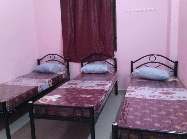 श्री राघवेंध्र पीजी फॉर जैंट्स इन बोम्मनहल्ली के बेडरूम की तस्वीर