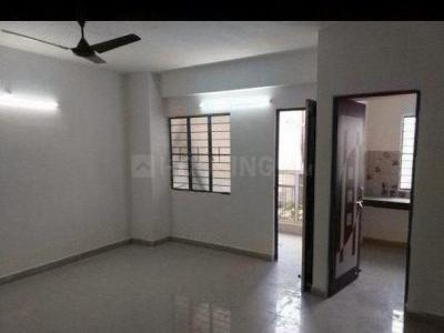 Gallery Cover Image of 1240 Sq.ft 3 BHK Apartment for rent in Kadma for 13000