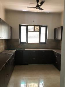 Gallery Cover Image of 2400 Sq.ft 3 BHK Independent Floor for buy in Sector 49 for 9500000