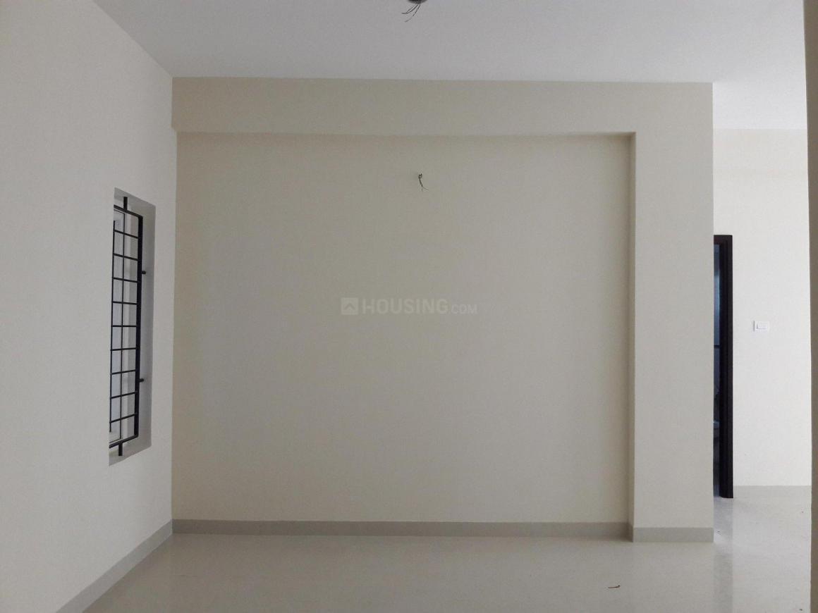 Living Room Image of 923 Sq.ft 2 BHK Apartment for buy in Periyar Nagar for 5399550