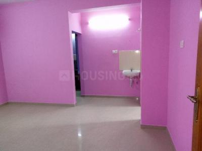 Gallery Cover Image of 650 Sq.ft 1 RK Apartment for rent in Sekaran Anantham, Perumbakkam for 10000
