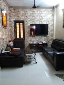 Gallery Cover Image of 950 Sq.ft 2 BHK Apartment for buy in Vashi for 14500000