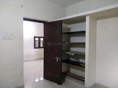 Gallery Cover Image of 750 Sq.ft 1 RK Independent House for rent in Maduravoyal for 8500