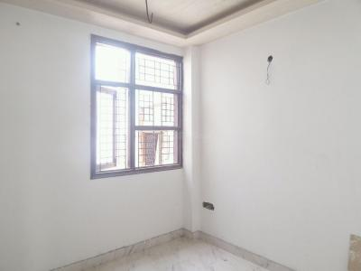 Gallery Cover Image of 700 Sq.ft 2 BHK Apartment for buy in Mayur Vihar Phase 1 for 2200000