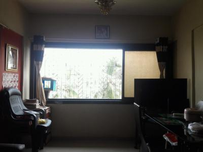 Gallery Cover Image of 560 Sq.ft 1 BHK Apartment for rent in Dahisar West for 17000