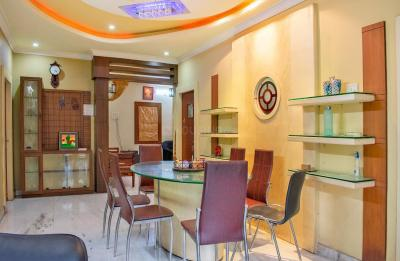 Gallery Cover Image of 1500 Sq.ft 3 BHK Apartment for rent in East Marredpally for 35000