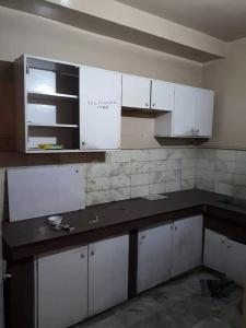 Gallery Cover Image of 1400 Sq.ft 3 BHK Apartment for rent in Gariahat for 30000