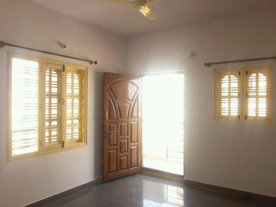 Gallery Cover Image of 600 Sq.ft 1 BHK Apartment for rent in Brookefield for 15000