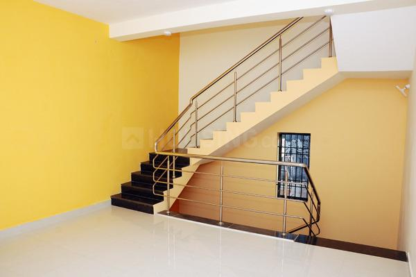 Staircase Image of 1800 Sq.ft 3 BHK Independent House for rent in Korattur for 20000